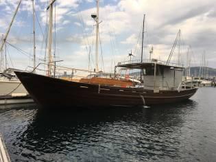 Barco de Bateas Restaurado
