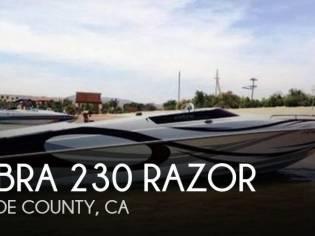 Cobra 230 Razor