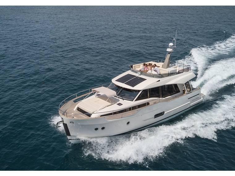 Trawler Greenline 48 Fly