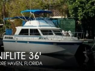 Uniflite 36' Double Cabin