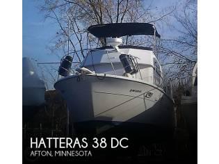 Hatteras 38 DC