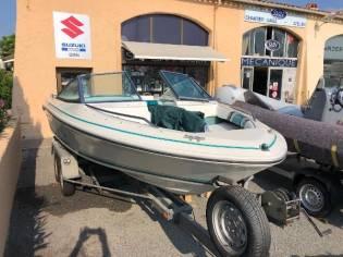 Sea Ray BOW RIDER 160