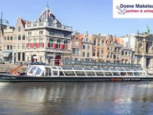 150 passengers Tour boat