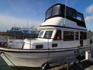 Ocean Alexander 38 Double Cabin