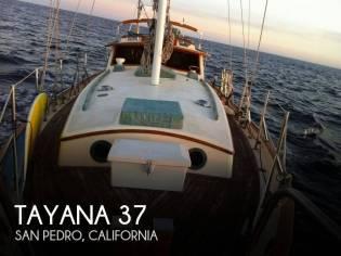 Tayana 37 Pilothouse