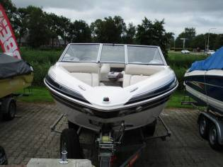 Glastron GLS 195 Bowrider (te water 2014)