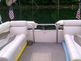 Lifetime Fisher 240 DLX Pontoon
