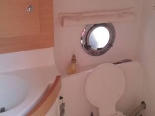 Embarcación cabinada Beneteau Monte Carlo 27