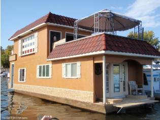 Custom 50 Houseboat