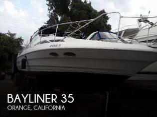 Bayliner Avanti 3555