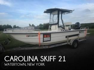 Carolina Skiff 2180 DLX
