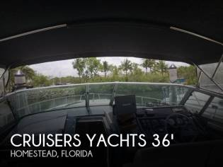 Cruisers Yachts 3670 Esprit