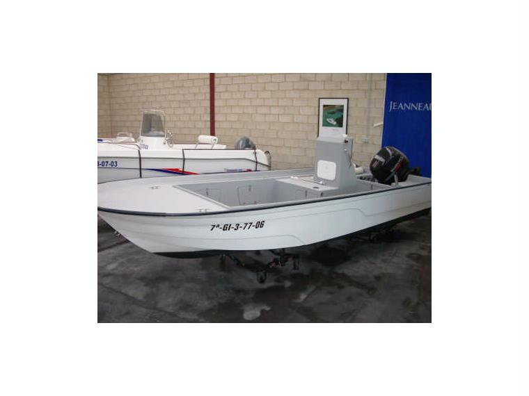 Bayliner Trophy 2052 Fd 37663 additionally Digital yacht sonar server keeping it simple also Watch additionally Boston Whaler 21 Ft Walkaround 79020 also Daryl m. on lowrance gps