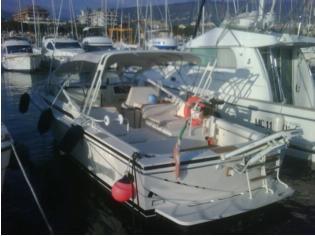 Bertram Yacht Moppie 28'