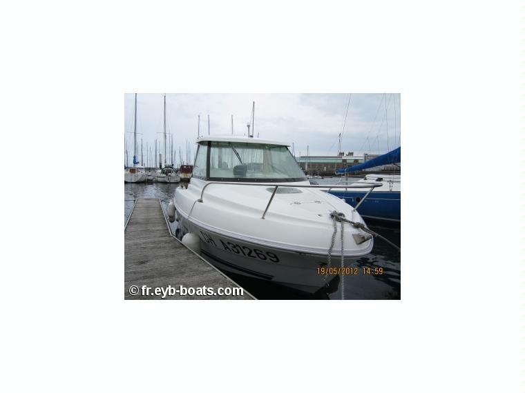 Quicksilver 530 cabine en mancha barcos a motor de for Cabine del fiume bandera