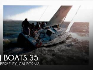 J Boats 105