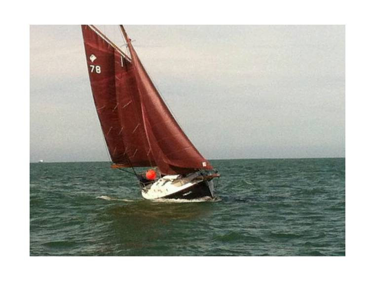 Velero CORNISH CRABBER 24