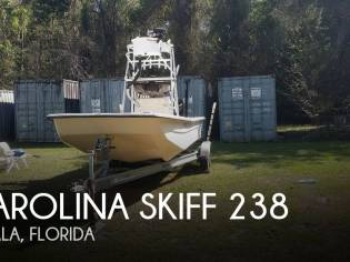 Carolina Skiff 238 DLV