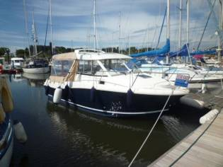 Jeanneau Merry Fisher 725 Legend
