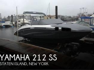 Yamaha 212 SS