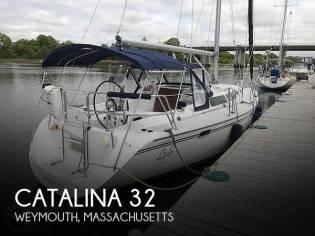 Catalina 320 sloop