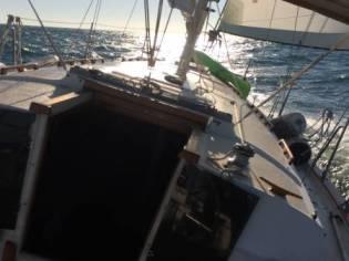Live aboard Endeavour 355 1986 Sailboat