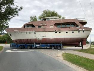 De Vries Lentsch 26 Meter hull