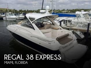 Regal 38 Express Cruiser