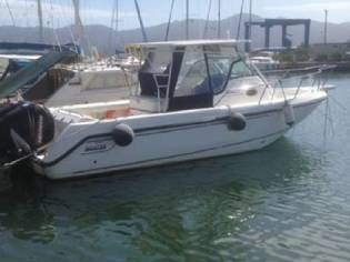Boston Whaler Outrage 28