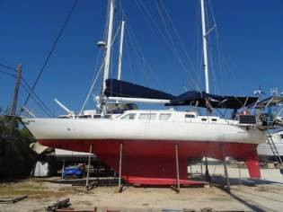 Custom Maxi 140 DS Ketch