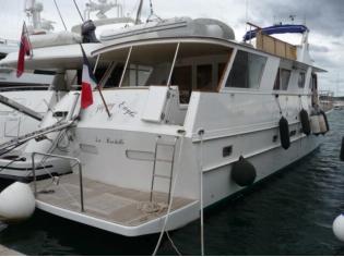 bertram trawler  bursan 62