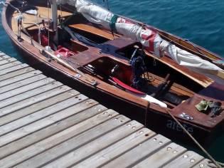 dinghy de madera