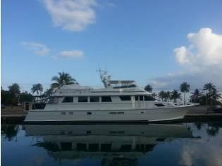 Hatteras 82 Motor Yacht