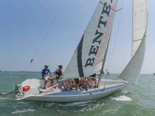 Custom Corporate Sailing SL Tom 28 Ceccarelli