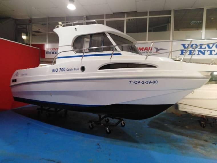 RIO 700 Cabin Fish