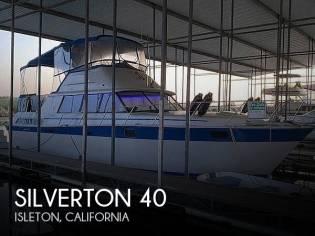 Silverton 40 Aft Cabin