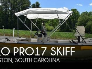 Mako 17 Pro skiff