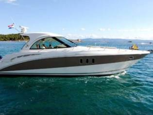 Cruisers Yachts 390 sport coupe 500 IPS