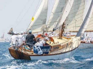 Izarra, clásico sloop Gallart