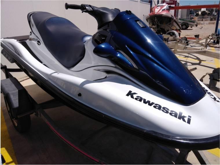 Kawasaki STX-12F