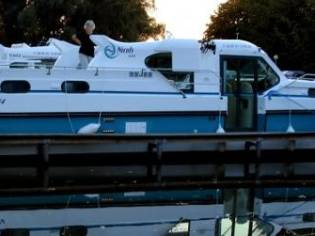 Custom Nicol's Yacht Nicols Confort 1350