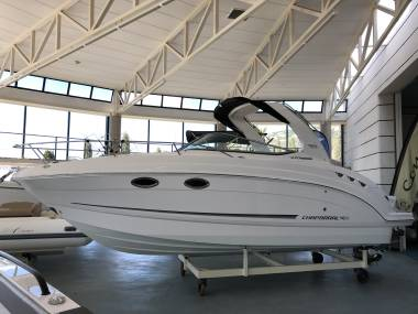 Chaparral Boats Signature 270