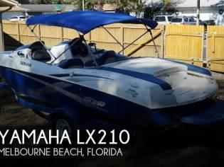 Yamaha LX210