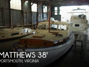 Matthews 38 Cabin Cruiser