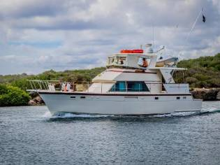 Hatteras 48 Cockpit Motor Yacht
