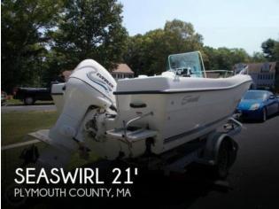 Seaswirl Striper 2100 CC