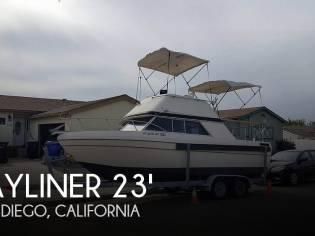 Bayliner 2350 Nisqually