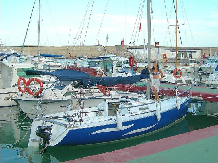 First class 8 en cn oropesa de mar veleros de crucero for First class 8 interieur
