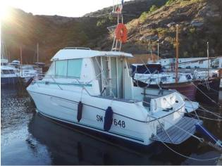 Jeanneau MERRY FISHER 800