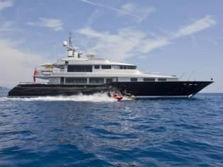 Warren Tri Deck Motor Yacht